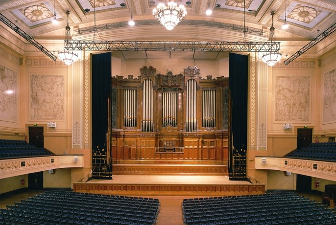 Large auditorium and grand organ inside the heritage-listed Melbourne Town Hall.