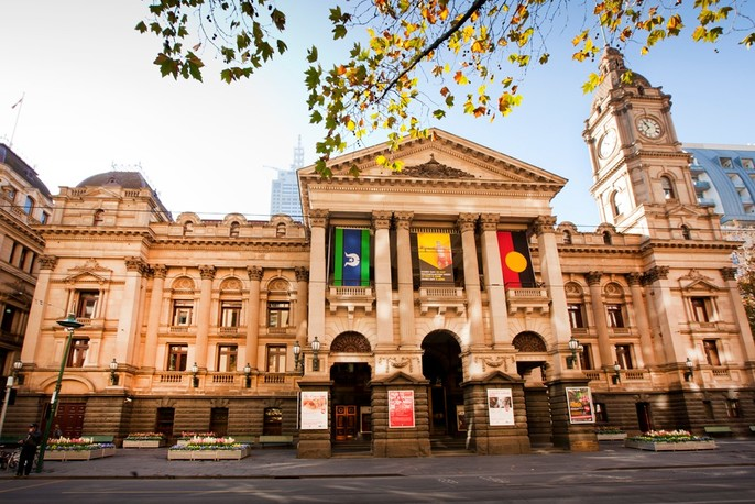 Neo-classical, heritage-listed, Melbourne Town Hall building on Swanston Street.